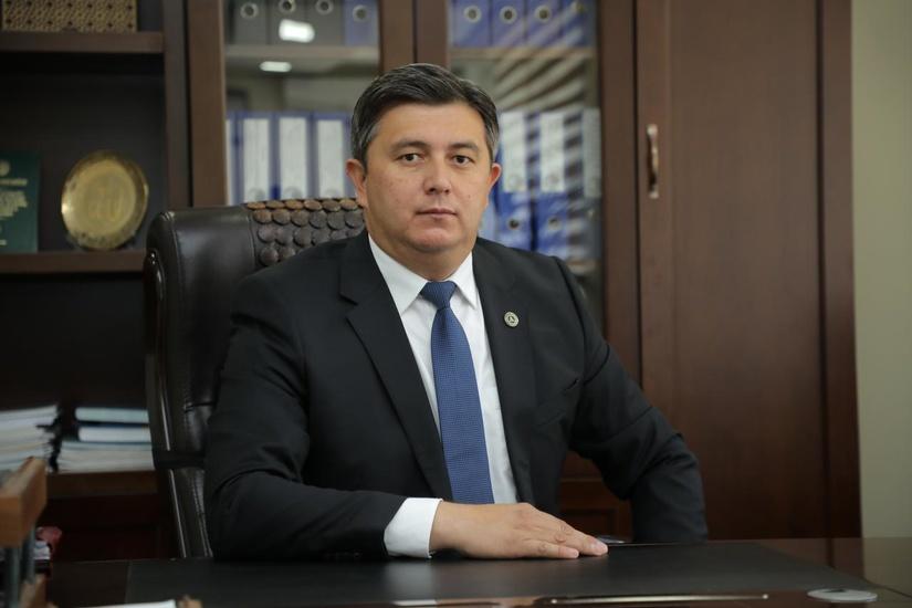 Mehnat vaziri Nozim Husanov o'zbek paxtasiga boykotni to'xtatishni so'radi