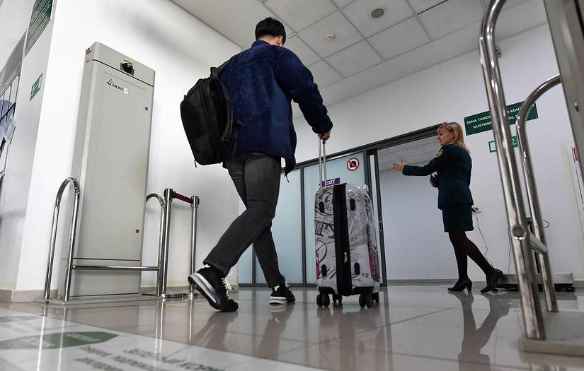 В странах ЕАЭС начали действовать новые правила провоза наличных денег через границу