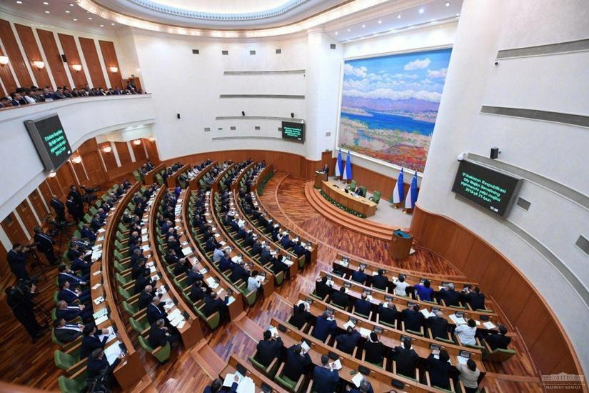 Депутат Мақсуда Ворисова: Кичик тадбиркорларни қиш олдидан газ тармоғидан узишга мажбур бўлаяпмиз