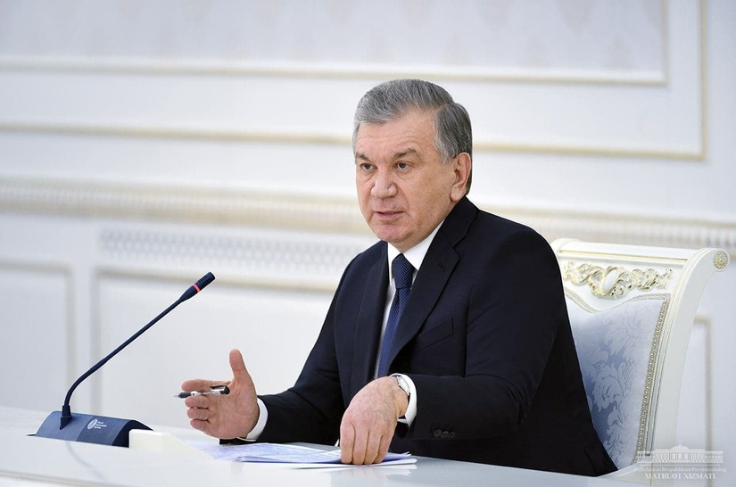 Шавкат Мирзиёев Uzbekistan Airways чипталар нархи баландлигини танқид қилди ва нархларни арзонлаштириш вазифасини қўйди