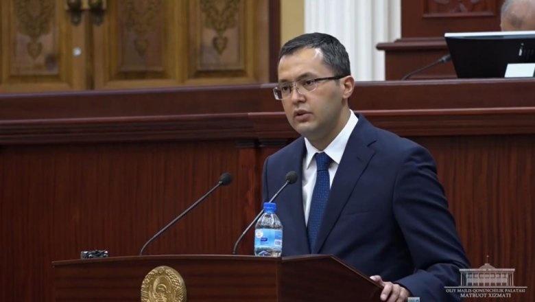 Timur Ishmetov: Bundan buyog'iga davlat idoralari rahbar, xodimlari nima avtomobil olishini aniq ko'rsatib qo'yiladi