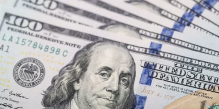Ўзбекистонда долларнинг расмий курси илк марта 10 000 сўмдан ошди