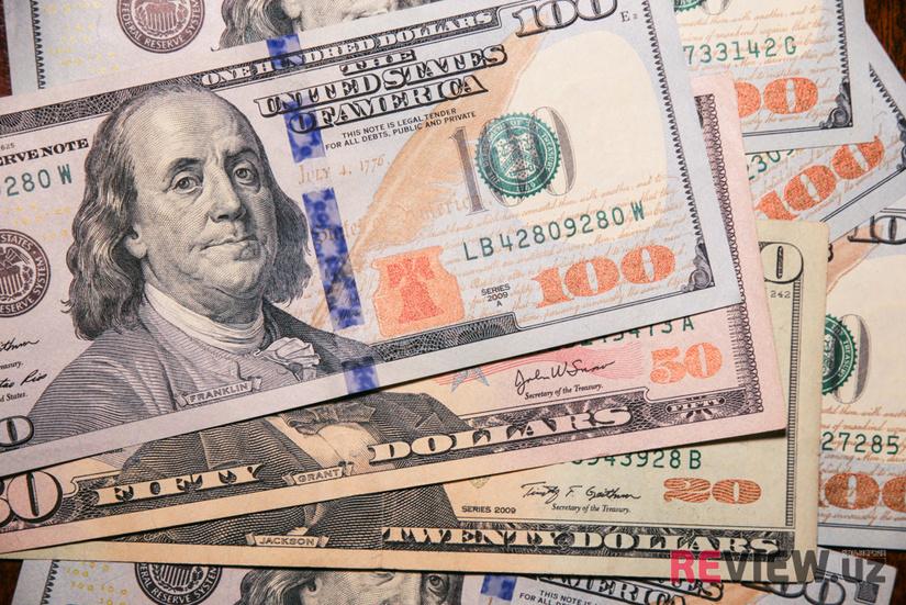 За полгода объем денежных переводов из России в Узбекистан превысил $2 млрд