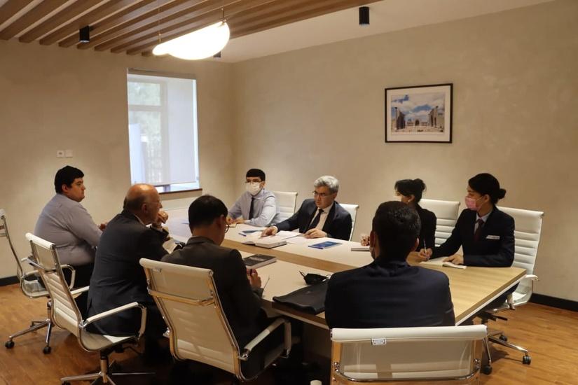В Центре экономических исследований и реформ состоялась встреча с представителями Фонда «Наследие» (Heritage Foundation)