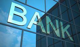 """Markaziy bank """"Agrobank"""" va Xalq bankini jarimaga tortdi"""