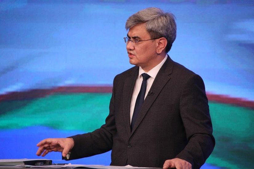 «В Узбекистане дипломированные специалисты с меньшей вероятностью могут попасть за черту бедности» – Обид Хакимов (+видео)