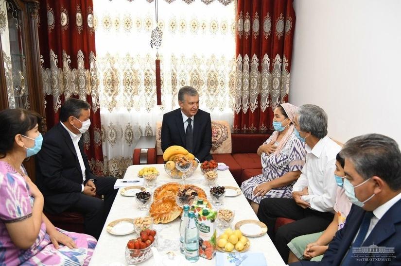 Шавкат Мирзиёев: Камбағалликдан чиқишнинг энг асосий замини – уй-жой (фото)