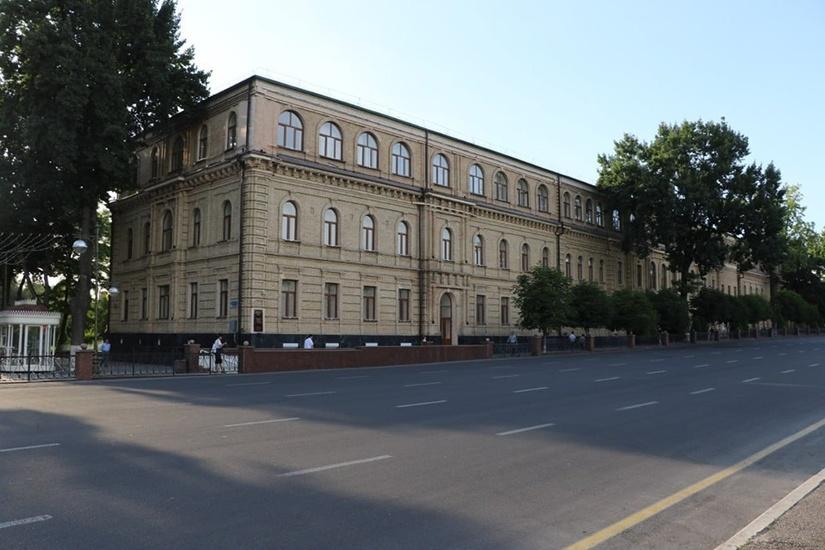 Юридический университет призывает узбекистанцев оказывать содействие в борьбе с коррупцией