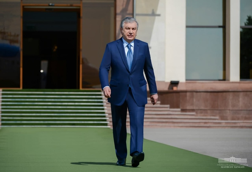 Shavkat Mirziyoyev Andijon viloyatiga jo'nab ketdi