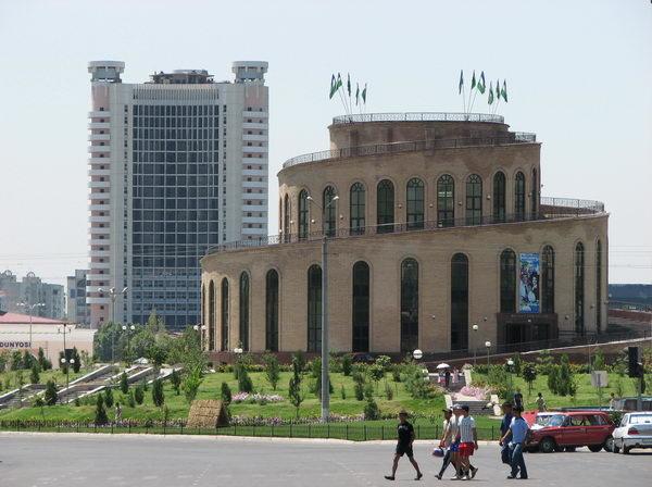 Китайская Xinjiang Hualing Industry может вложиться в реконструкцию гостиницы «Чорсу»