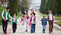 Сколько детей в Узбекистане?