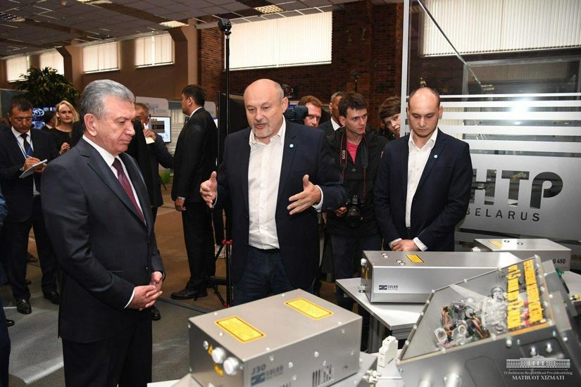 Шавкат Мирзиёев посетил Парк высоких технологий «Беларусь»
