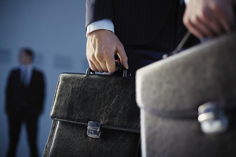Госслужащих могут обязать ежегодно представлять декларацию о доходах, имуществе и крупных расходах