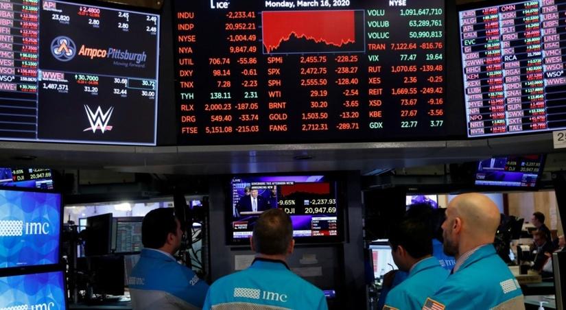 Экономисты признали начало рецессии в трети мировой экономики