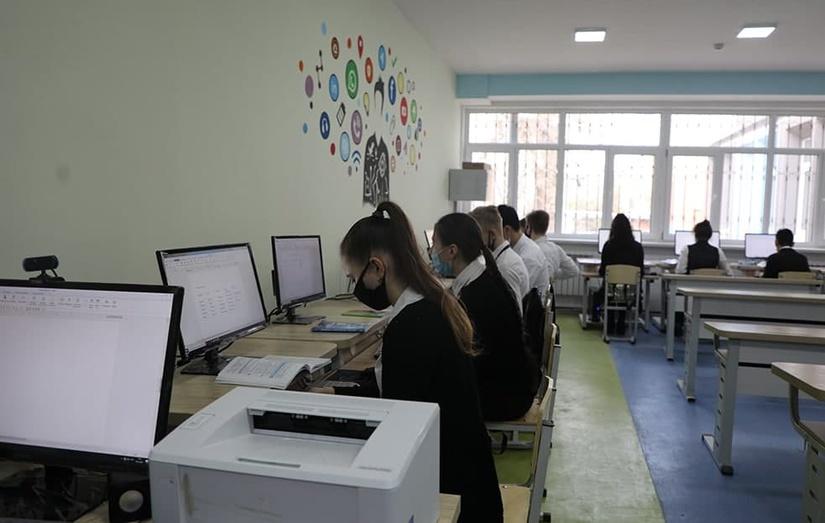Ўзбекистон мактаблари 100 Мбит/с тезликдаги интернетга уланади