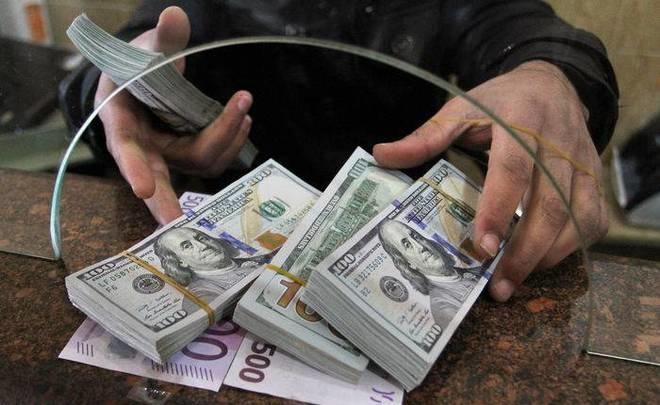 Ўзбекистонга келиб тушган трансчегаравий пул ўтказмалари 217 млн. долларга камайди