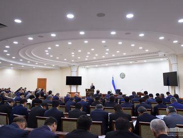 Шавкат Мирзиеев поручил принять меры по предотвращению роста инфляции