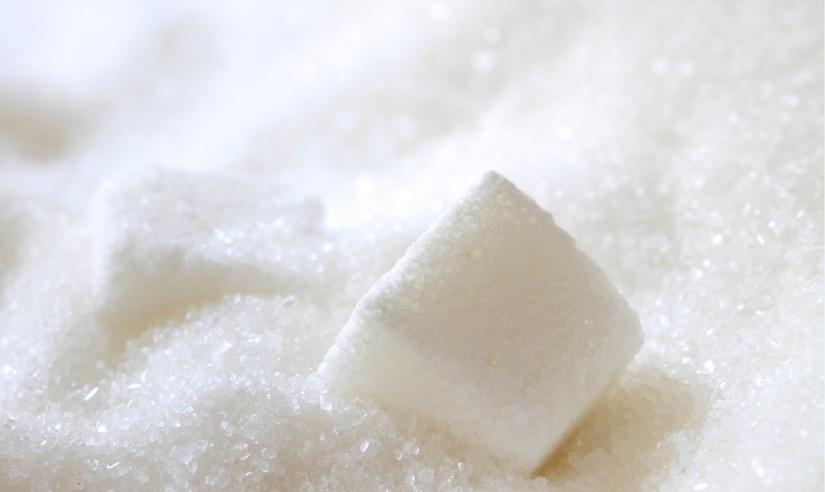 Реализация сахара через открытые биржевые торги привела к снижению оптовой цены