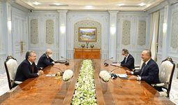 Президент Шавкат Мирзиёев принял министра иностранных дел Турции Мевлюта Чавушоглу