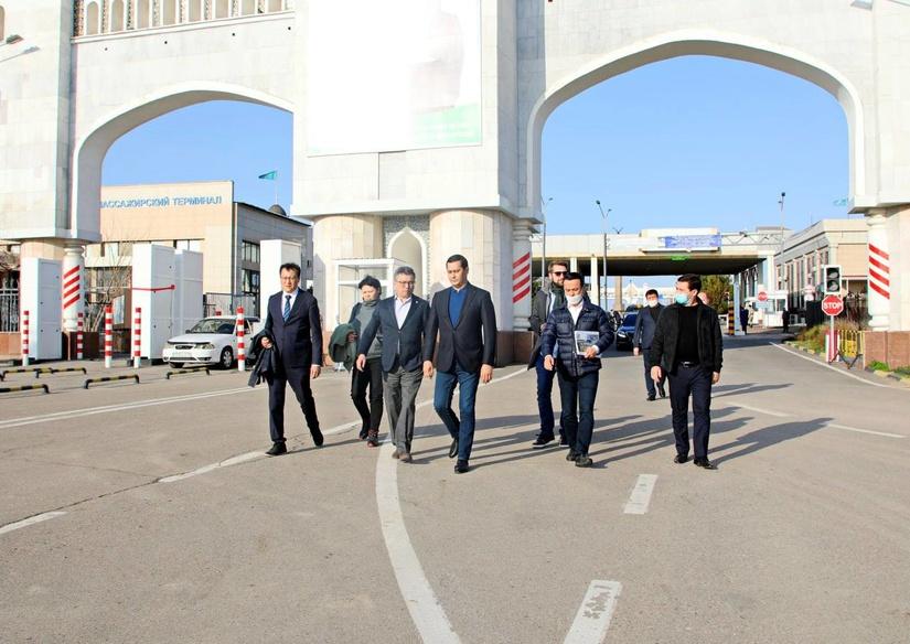 Узбекистан и Казахстан ускорят создание Центра торгово-экономического сотрудничества