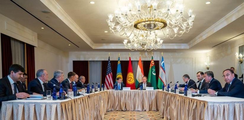 США предлагают Узбекистану использовать ресурсы американских финансовых институтов