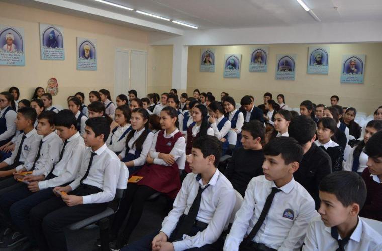 В школах Узбекистана в 10−11-х классах вводятся вариативные учебные программы