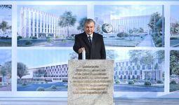 Шавкат Мирзиёев заложил капсулу под строительство кампуса Университета геологических наук