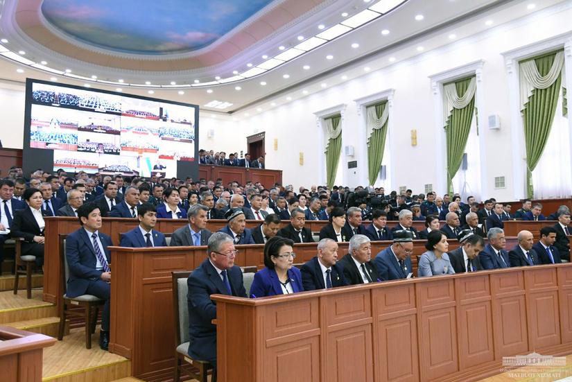 Шавкат Мирзиёев раскритиковал руководство Сурхандарьинской области