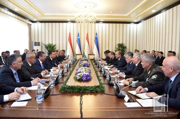 Узбекистан и Таджикистан откроют совместные предприятия