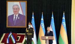 Президент: Муса Ерниязов был героическим руководителем героического народа (фото)