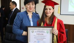 Азиза Шоназарова Тошкент давлат шарқшунослик институти фахрий профессори бўлди