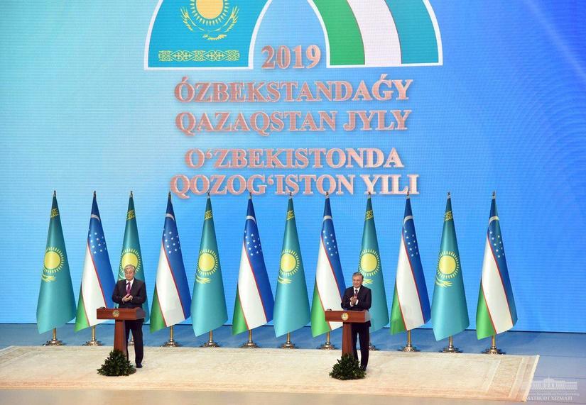 Шавкат Мирзиёев и Касым-Жомарт Токаев дали старт Году Казахстана в Узбекистане