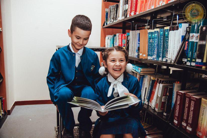 Минобразования Узбекистана рекомендовало три варианта школьной формы