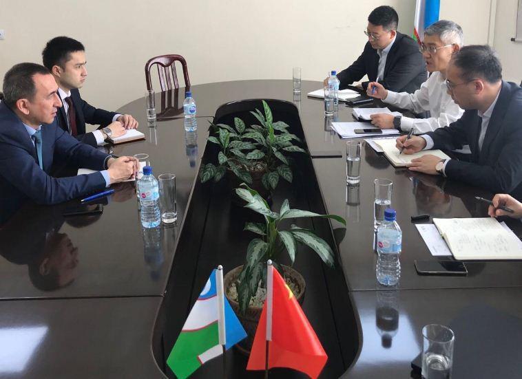 Крупная китайская корпорация готова реализовать в Узбекистане проекты в текстильной сфере