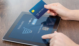 Шавкат Мирзиёев подписал закон «О платежах и платежных системах»