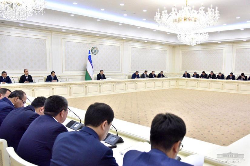 Президент подверг критике работу хокимов областей и главу Ташкента