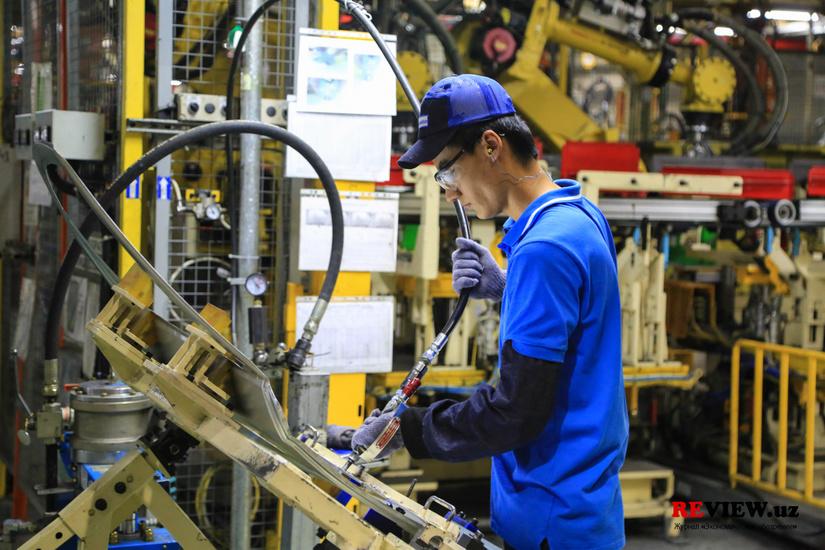 Производство автомобилей в Узбекистане с начала года выросло в 1,1 раза
