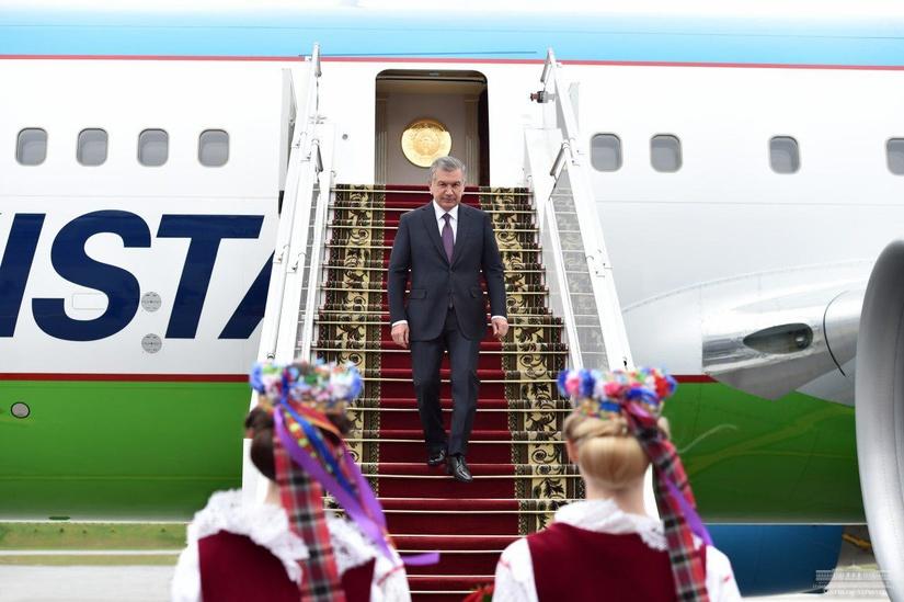 Шавкат Мирзиеев прилетел с официальным визитом в Минск