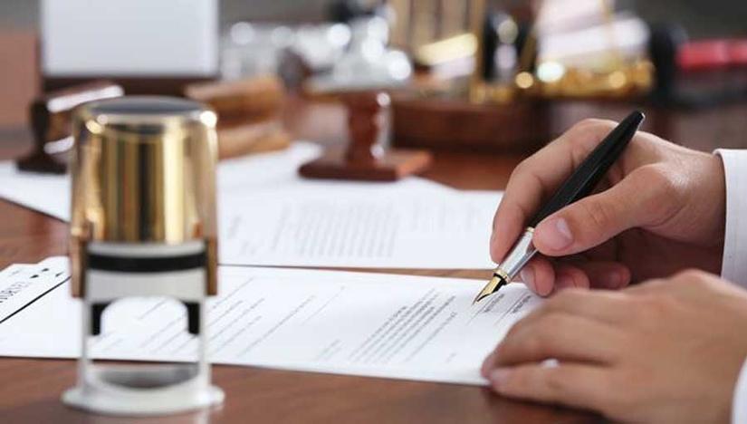 По каким видам договоров отменяется порядок их нотариального заверения?