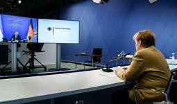 Шавкат Мирзиёев провел переговоры с Ангелой Меркель и пригласил ее в Узбекистан (+фото)
