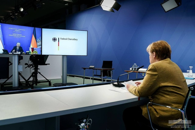 Шавкат Мирзиёев Ангела Меркель билан видеоанжуман шаклида учрашув ўтказди (+фото)