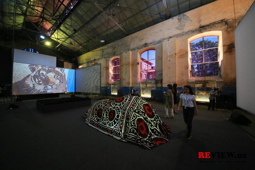 Фоторепортаж: в Ташкенте открывается первый в Узбекистане Центр современного искусства