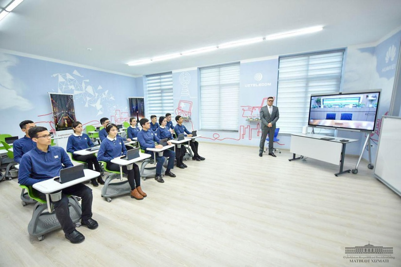 Президент Шавкат Мирзиёев подписал постановление о реформировании IT-образования