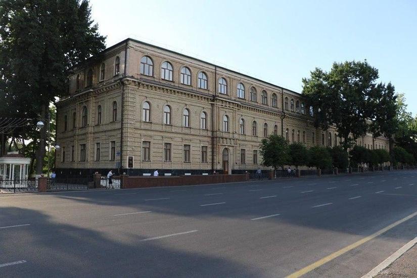 Во сколько обходится обучение одного студента в Ташкентском государственном юридическом университете?