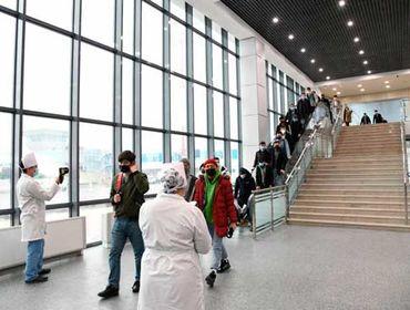 Министр здравоохранения Алишер Шадманов выступил за временное ограничение въезда из Китая
