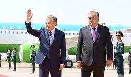 Шавкат Мирзиёев прибыл в Таджикистан