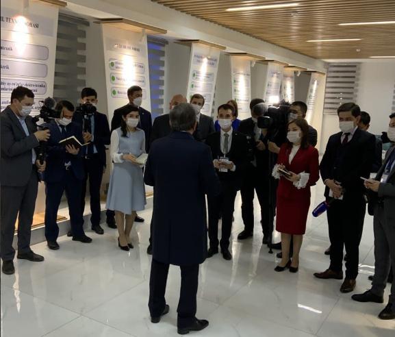 Шавкат Мирзиёев журналистлар саволларига жавоб берди
