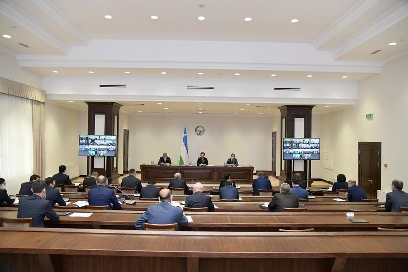 Прокурорнинг розилиги билан адвокатнинг телефон сўзлашувларини эшитишга рухсат берилади