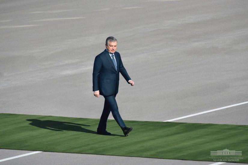Шавкат Мирзиёев начал поездку по Сурхандарьинской области